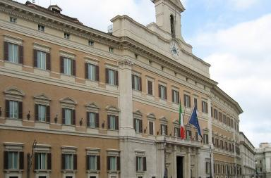 Palazzo Montecitorio (Di Manfred Heyde - Opera propria, CC BY-SA 3.0, https://commons.wikimedia.org/w/index.php?curid=6423734)