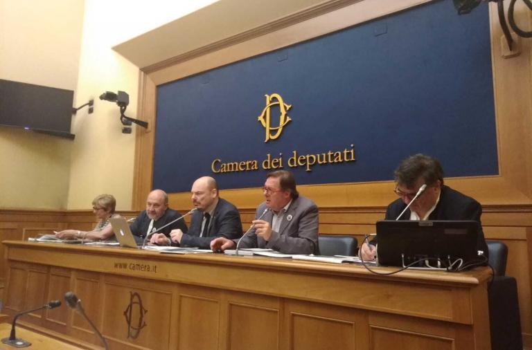 Conferenza stampa sul decimo libro bianco sulle droghe
