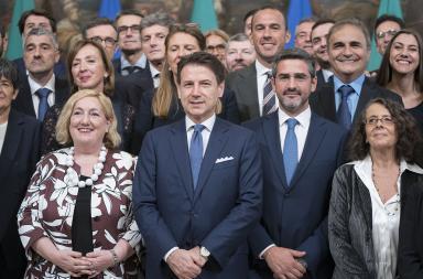Giuseppe Conte e i sottosegretari - Fonte Governo.it