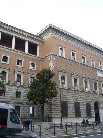 Ministero Giustizia (Lalupa / CC BY-SA (https://creativecommons.org/licenses/by-sa/3.0))