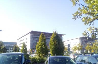 Ospedale Papa Giovanni XXIII Bergamo (MikkoGambaIT at Italian Wikipedia, CC BY-SA 4.0 , via Wikimedia Commons)